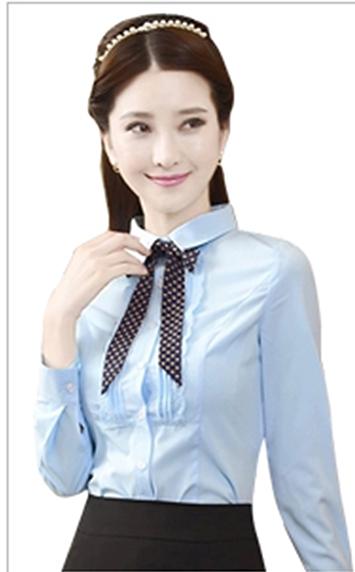 甜美蓝色衬衫