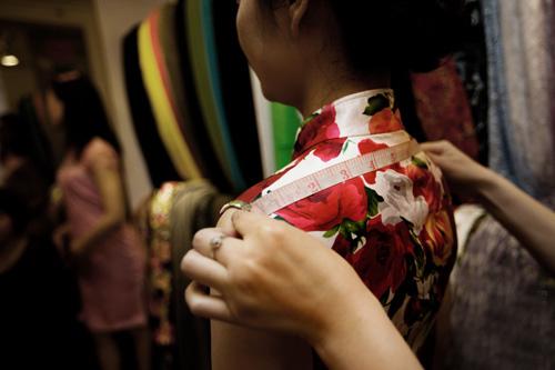 旗袍与发型搭配展现不同的优雅与魅力!