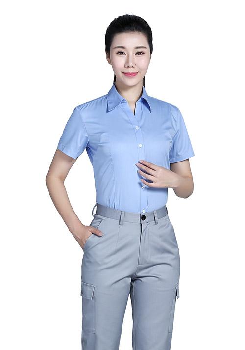 时尚单品定制POLO衫的常见穿法